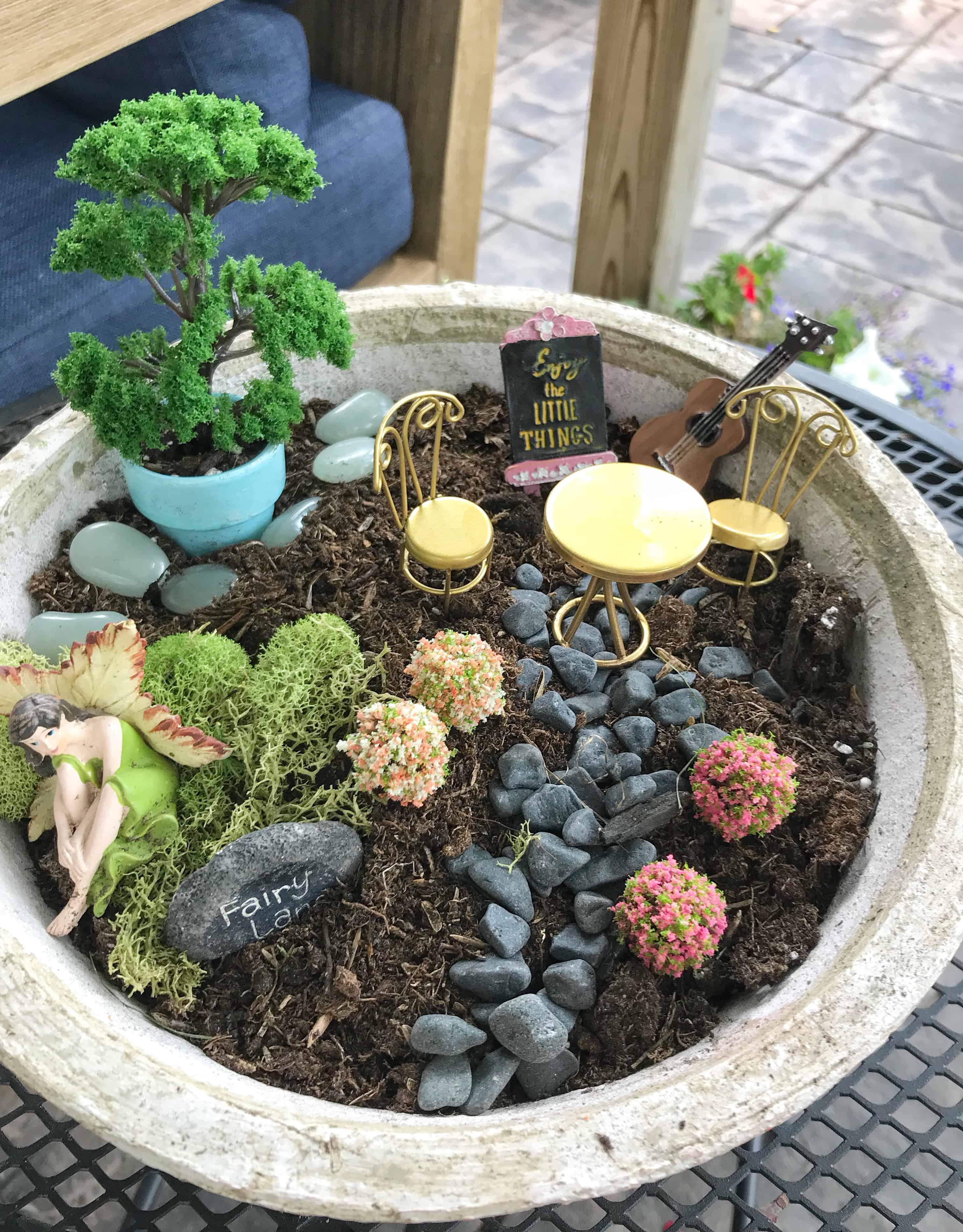 Diy Small Fairy Garden In A Pot Coffee Pancakes Dreams